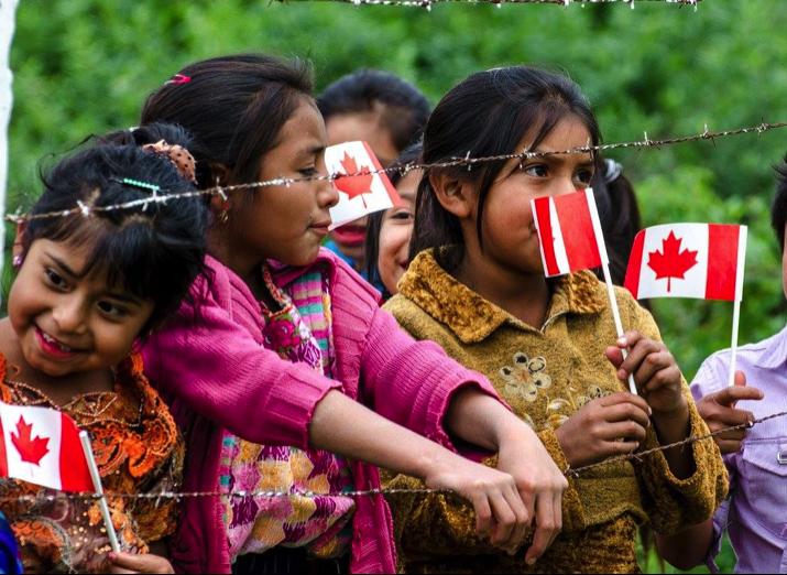 Ce que promouvoir les droits humains veut dire: une étude de la diplomatie canadienne au Guatemala (1976-2013)