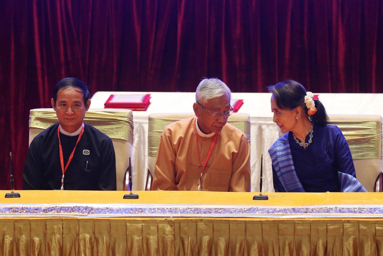 Birmanie: un nouveau président, pourquoi faire?